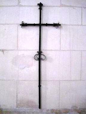 Croix de St Blaise, église de Senan