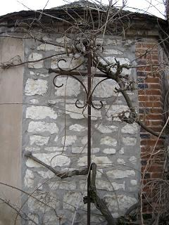Croix de Saint Eloi, Grande rue, Neuilly