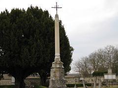 Croix du cimetière de Neuilly