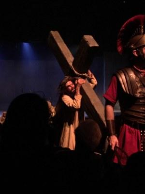 8. spectacle - chemin de croix
