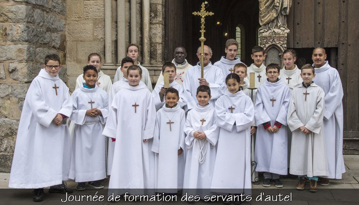 journee-de-formation-des-servants-dautel.jpg