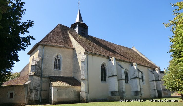 eglise-saint-pierre-et-saint-paul-de-sougeres-en-puisaye.jpg